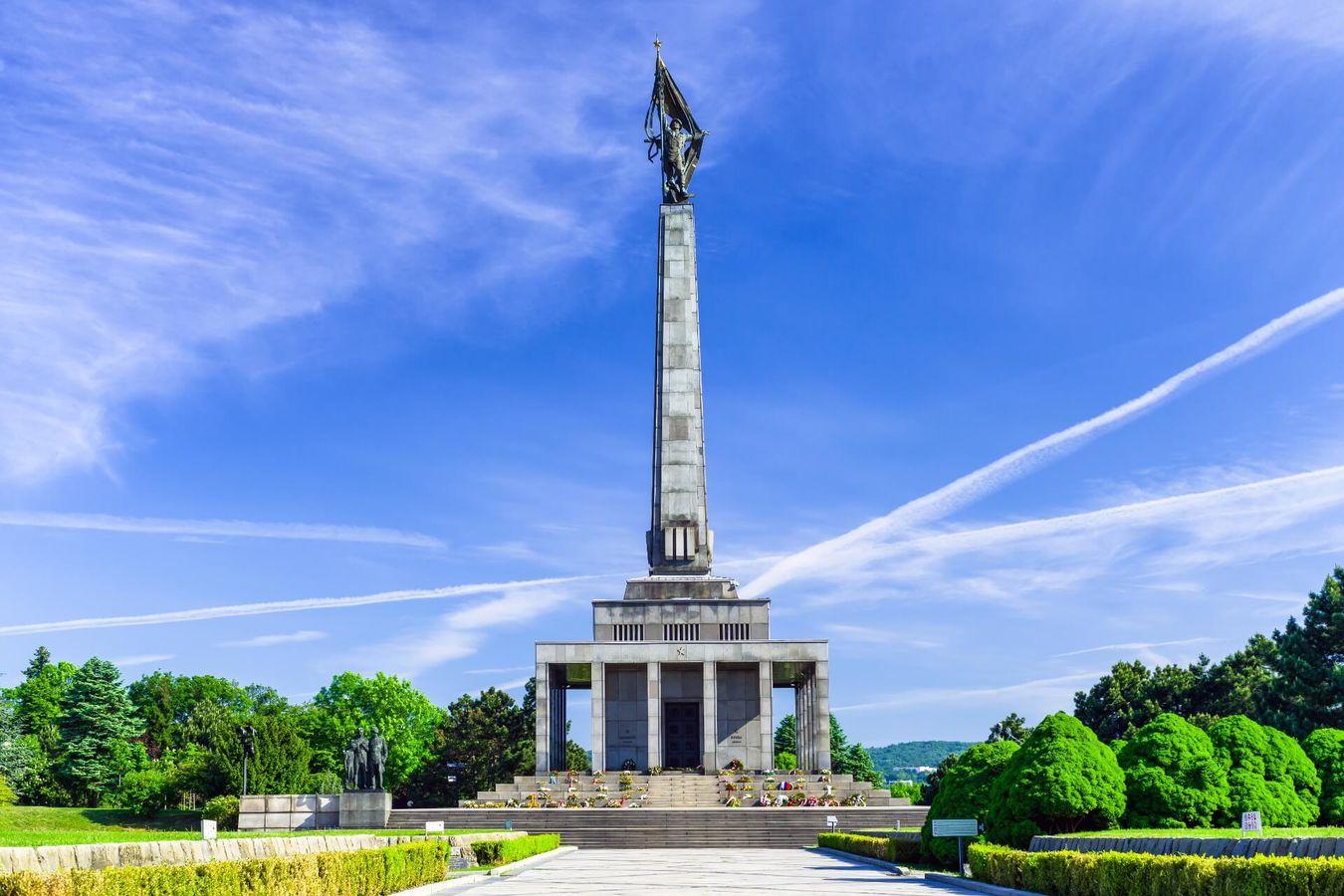 Slavín (Bratislava) - Slovakia.travel